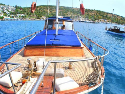 Bitez Evoteli Group Kuzey Alina Yachting (1130) yol tarifi