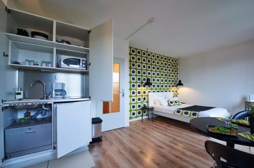 L'aparthoteL LhL - Hôtel - Dijon