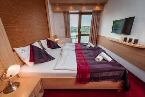 . Hotel Corvus Aqua
