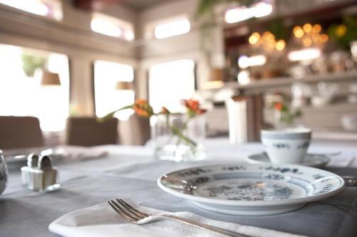 __{offers.Best_flights}__ Hotel De Prins