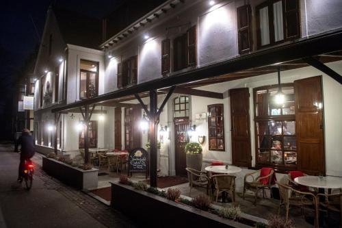 Hotel Restaurant in den Hoof
