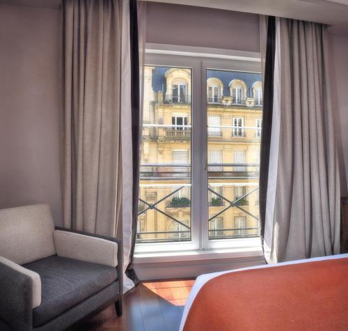 Carles Hotel photo 39