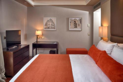 Carles Hotel photo 45