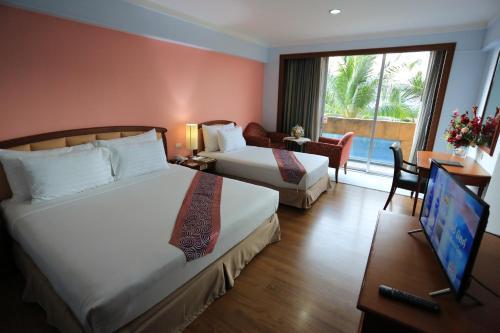 Karnmanee Palace Hotel photo 37