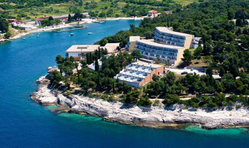 . Splendid Resort
