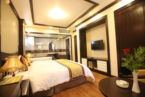 . Lac Long Hotel Hai Phong
