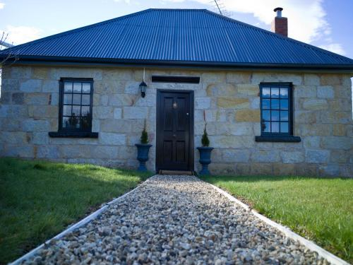 The Storekeeper's - Accommodation - Buckland