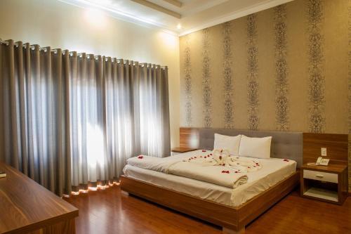 . Trieu Khang Hotel