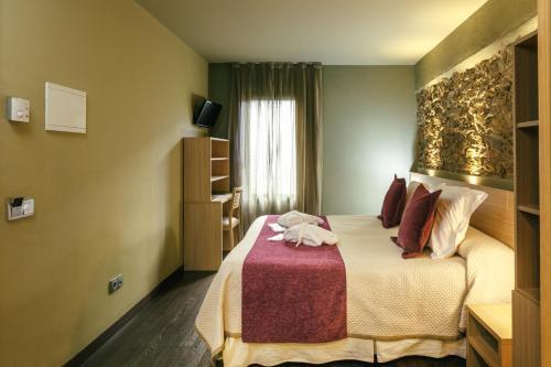 Doppel- oder Zweibettzimmer Hotel Spa Vilamont 45