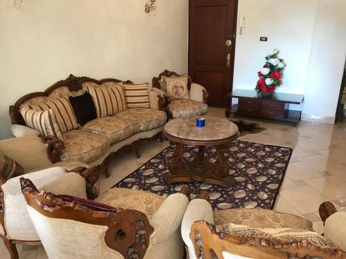 . New Maadi Apartment