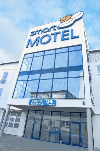 . smartMotel