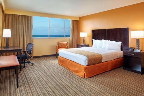 Best Western The Plaza Hotel - Honolulu, HI 96819