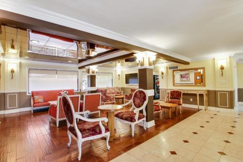 Rotex Western Inn Main image 1