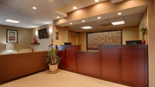 Best Western Springfield West Inn