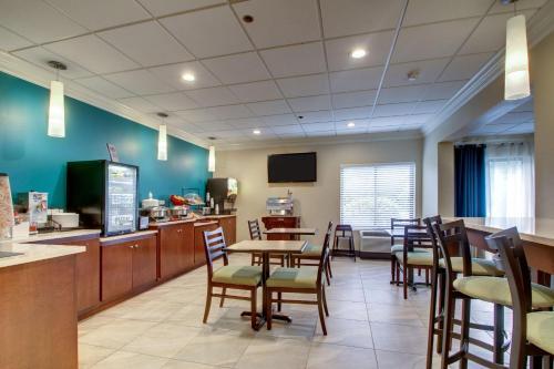 Best Western Eagles Inn - Morehead, KY 40351