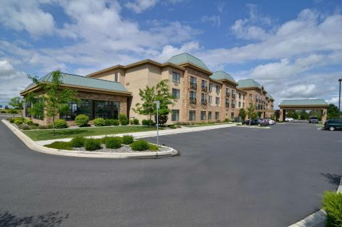HotelBest Western Plus Pasco Inn and Suites