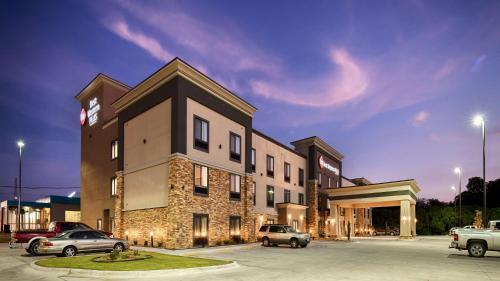 Best Western Plus Ardmore Inn & Suites - Ardmore, OK 73401