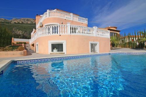 Holiday Villa Estacion