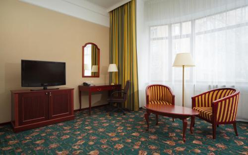 Moscow Marriott Tverskaya Hotel - image 7