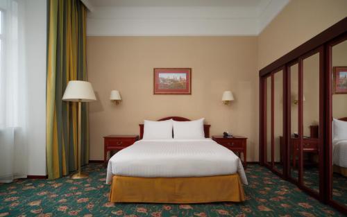 Moscow Marriott Tverskaya Hotel - image 6