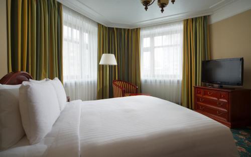Moscow Marriott Tverskaya Hotel - image 11