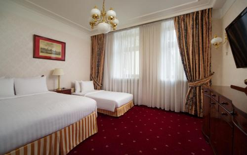 Moscow Marriott Tverskaya Hotel - image 14