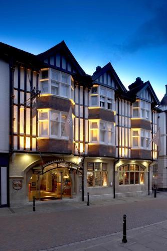 30-33 High Street, Canterbury, Kent CT1 2RX, England.