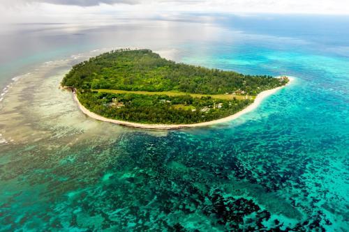 . Denis Private Island Seychelles