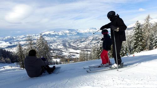 VVF Villages � Les Alpes Du Sud � Saint Leger Les Melezes
