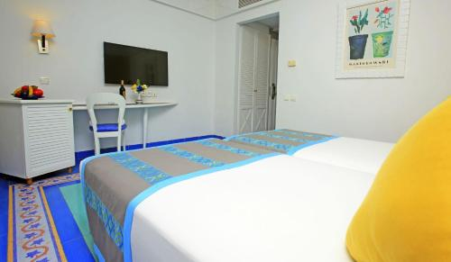 Standard Double Room (2 Adults +1 Child)