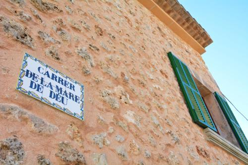 Mallorca town house with terrace фотографии номера