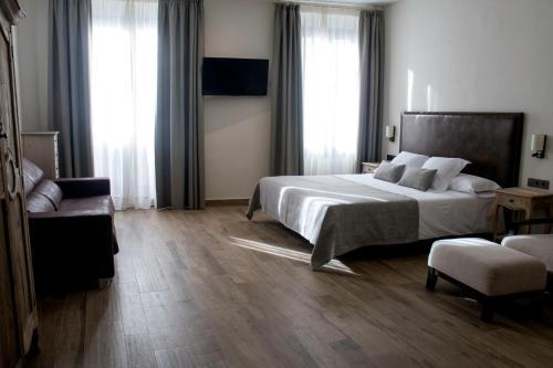 Deluxe Family Room Sa Voga Hotel & Spa 10