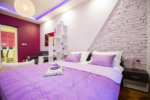 . Apartment Center Four stars