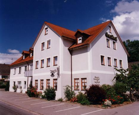 . Hotel Gasthof am Schloß