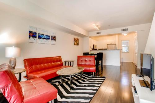 Amazing Triplex In Downtown San Diego #2 - San Diego, CA 92101