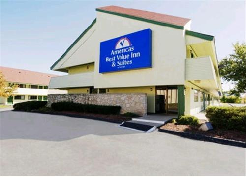 Americas Best Value Inn Kansas City East Independence