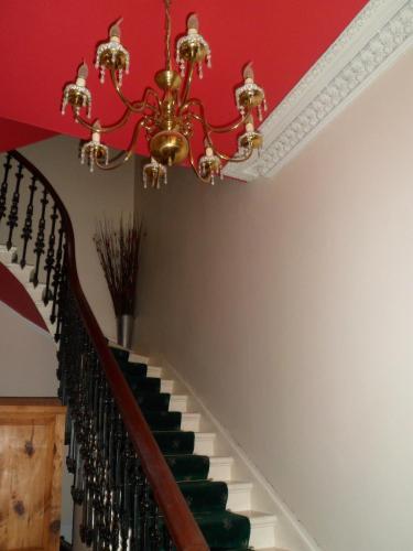 Clarin Guest House (B&B)
