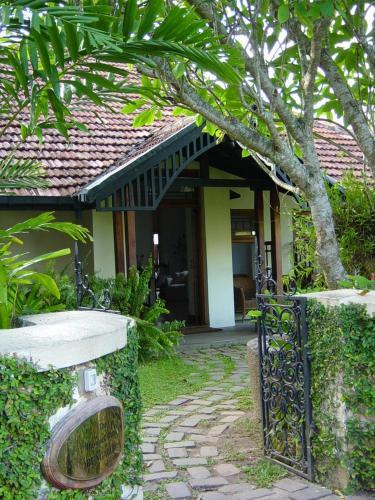 Colombo 00300, Sri Lanka.