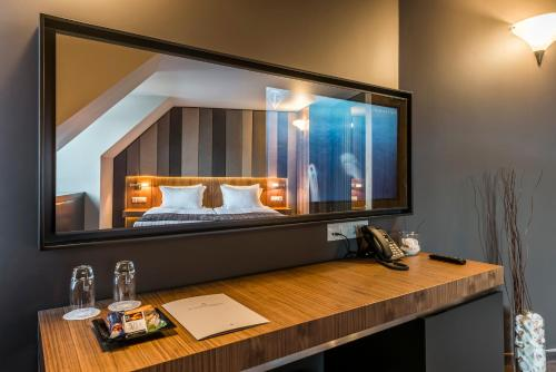 Suite with Mountain View with Free Parking & Free WiFi
