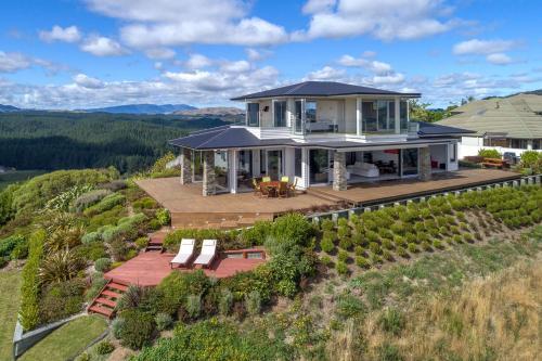 Tihi Retreat - Accommodation - Rotorua