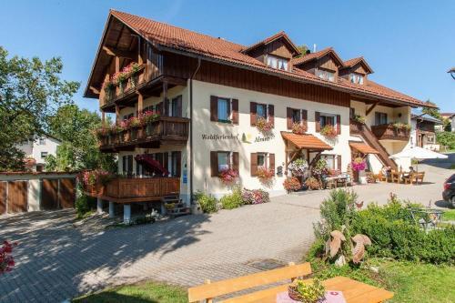 Almerhof - Waldferienhof Almer - Hotel - Zwiesel