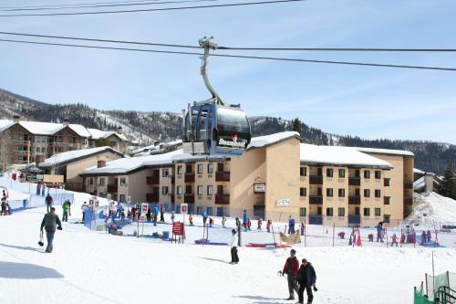 Ptarmigan Inn a Ski-in and Ski-out Property - Accommodation - Steamboat