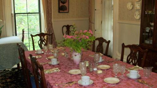 Hillard House Inn - Wilkes Barre, PA 18702