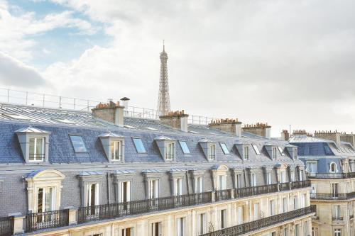 Studio Eiffel Tower - Champs Elysées photo 9