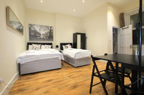 Cosy Marble Arch Apartments, Hyde Park (London)