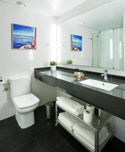 Durlet Beach Apartments photo 71