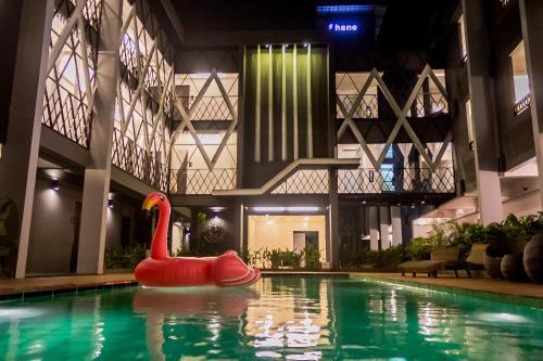 Hotel Shane Hotel