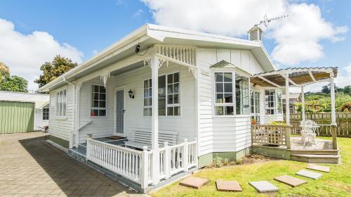 Charmae Guest House - Hotel - Whanganui