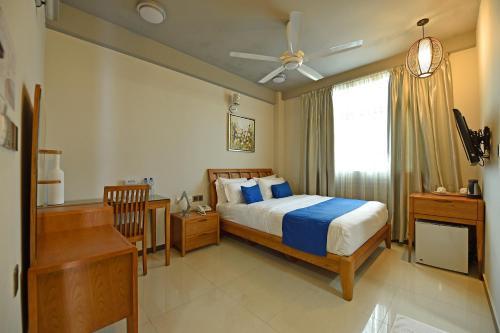 Airport Comfort Inn Premium Maldives Inr 2861 Off 1 4 3 0 6