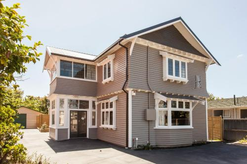 Homelea Bed and Breakfast - Accommodation - Christchurch